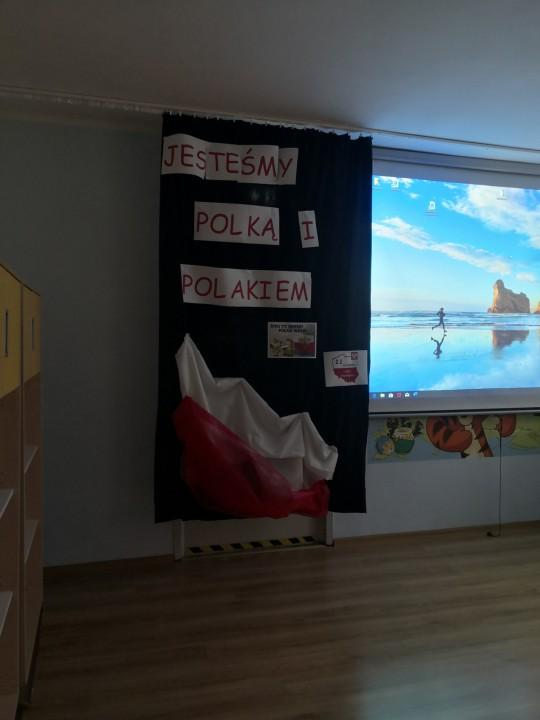 święto Niepodległości Przedszkole Miejskie Nr 4 W Bielsku